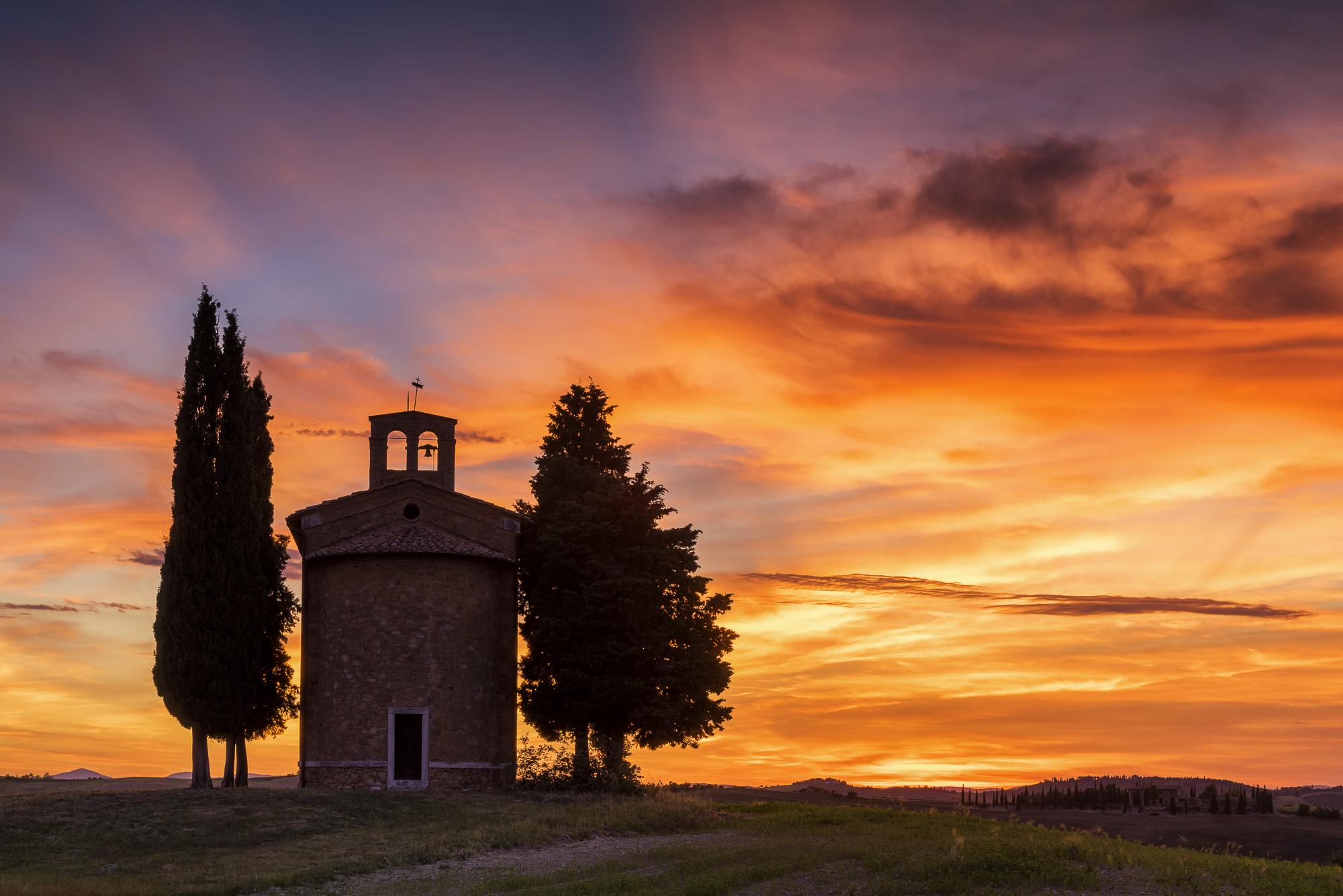 Chapel Madonna di Vitaleta at Sunset, Val d'Orcia, Tuscany, Italy